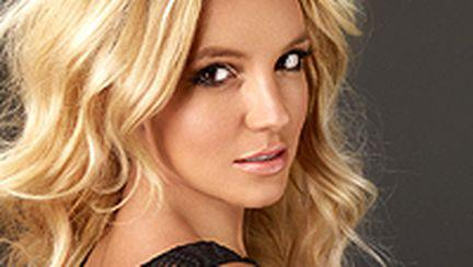 "Britney Spears a lansat noul single – ""3″(video)"