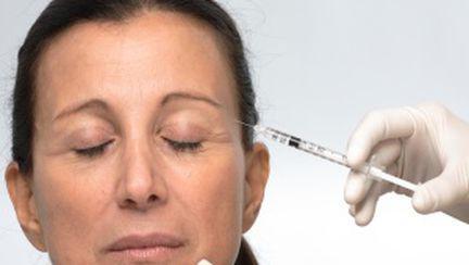 Vedetele şi medicii sunt pro Botox