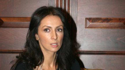 Mihaela Rădulescu se va reîntoarce temporar în România