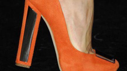 Din pasiune pentru pantofi…