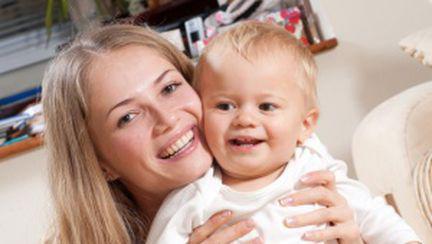 Iubeşte-ţi copilul, fără să-l răsfeţi