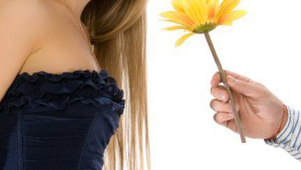 Femeile, mai uşor de abordat în timpul ovulaţiei