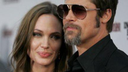 Angelina Jolie şi Brad Pitt, populari printre români