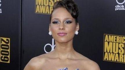 Alicia Keys şi-a lansat prima colecţie de bijuterii
