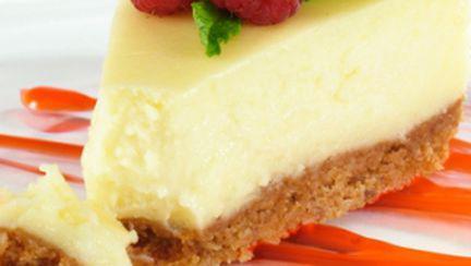 Cheesecake cu blat de biscuiţi