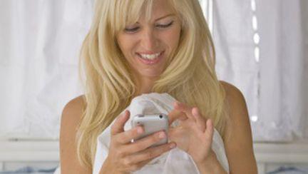 Tehnici de sexting şi sex la telefon