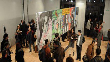 """Expoziţia """"Est/ Vest.20"""", două decenii de libertate"""