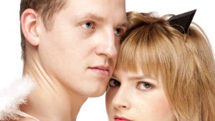 Iubirea: intimitate, pasiune, angajament