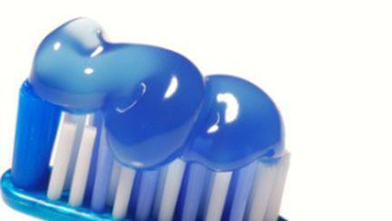 10 lucruri neştiute despre pasta de dinţi