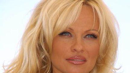 """Pamela Anderson, la """"Dansez pentru tine"""""""