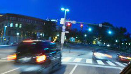 Tineri şi copii, ucişi în accidente de circulaţie