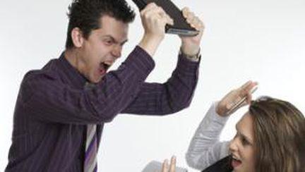 Mobbing-ul, violenţa la locul de muncă