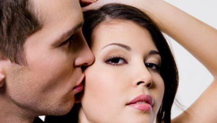 Cele mai bune poziţii sexuale pentru femei