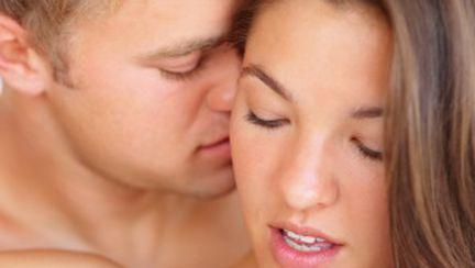 12 trucuri sexy care dau fiori în pat!