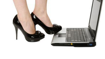 Tehnici de cybersex pentru cuplu