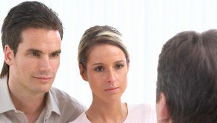 Terapia de cuplu: o soluţie pentru tine?