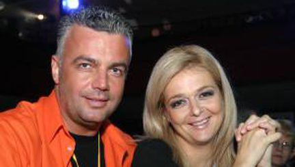 Iuliana Marciuc şi Adrian Enache s-au logodit