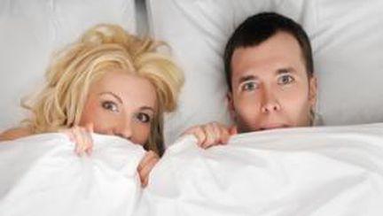 6 moduri de a alunga timiditatea din pat