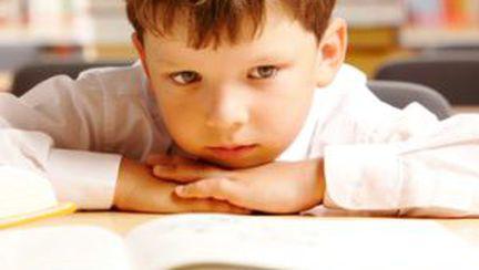 Cum motivezi copiii să îşi facă temele