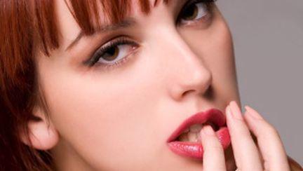 Cum pui un prezervativ doar cu buzele