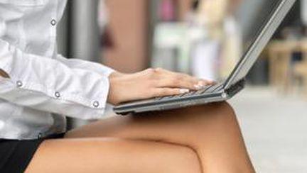 Laptopul provoacă arsuri de piele