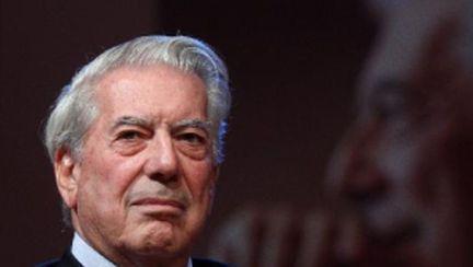 Lectură obligatorie: 10 cărţi de Mario Vargas Llosa