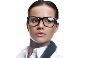 8 greşeli de evitat când te îmbraci office