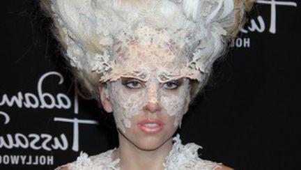 Video: cele mai controversate ţinute marca Lady Gaga