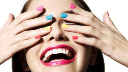 6 mituri despre unghii