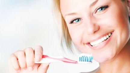 Trucuri pentru dinţi frumoşi şi sănătoşi