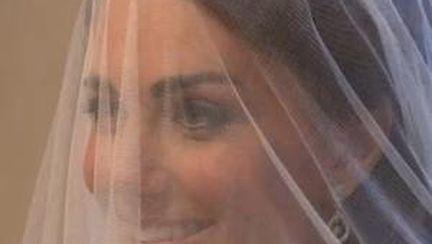 Iată rochia de mireasă a lui Kate Middleton