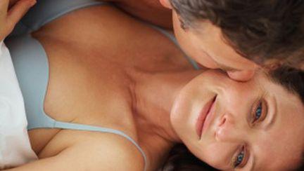 Menopauza: cum să-i faci faţă mai uşor?