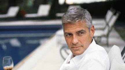 George Clooney la 50 de ani, mai sexy ca niciodată