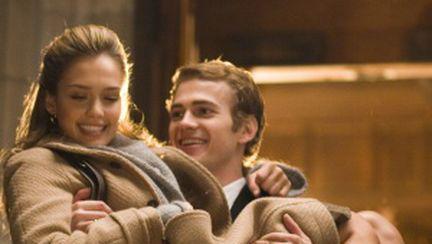 Video: Gesturi erotice din filme după care tânjesc bărbaţii