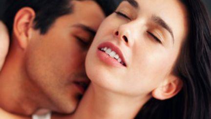 Ce avantaje îţi aduce sexul fără implicaţii
