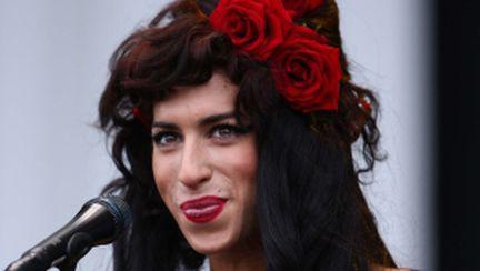 Video: Amy Winehouse, cele mai excentrice apariţii