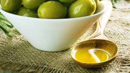 Uleiul de măsline, ideal în diete