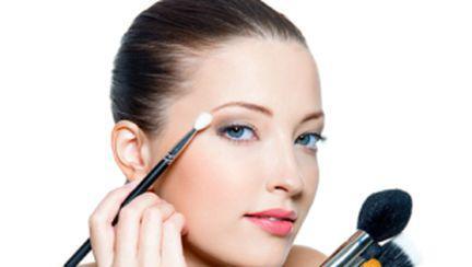 5 greşeli de make up pe care nu realizezi că le faci