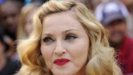 Filmul regizat de Madonna, desfiinţat de critici