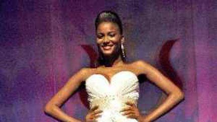 Miss Universe 2011 este din Angola. Vezi cum arată alte câştigătoare!