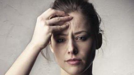 Constipaţia, printre cauzele durerii de cap