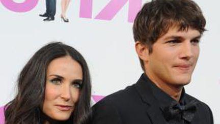 Relaţia dintre Demi Moore şi Ashton Kutcher, în imagini
