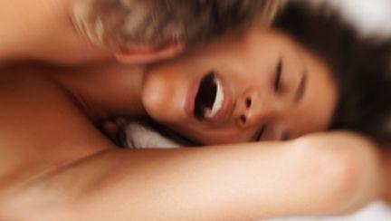 Cum te dai de gol că mimezi orgasmul
