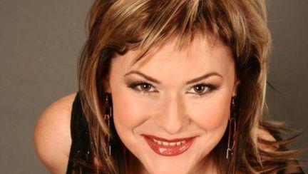 Mălina Olinescu s-a sinucis. Artista s-a aruncat de la etaj