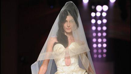 Show Jean Paul Gaultier inspirat de Amy Winehouse