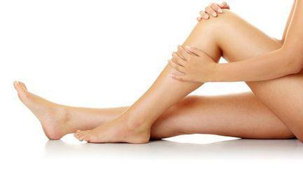 Te dor muşchii picioarelor? Vezi care sunt cauzele şi soluţiile!