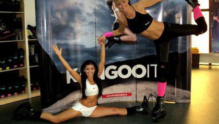 Roxana Ciuhulescu este instructor internaţional de Kangoo Jumps