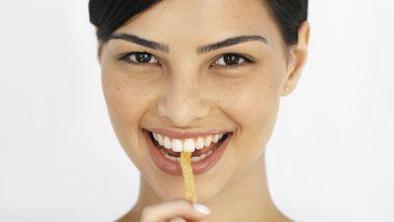 Dietă: Slăbeşte mâncând cartofi prăjiţi