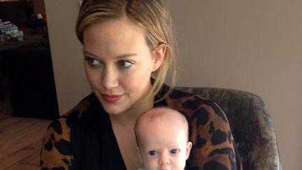 Poze: cum arată băieţelul lui Hilary Duff