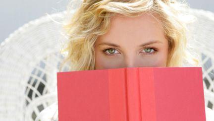 Literatura erotică, mai interesantă decât sexul, pentru multe dintre britanice